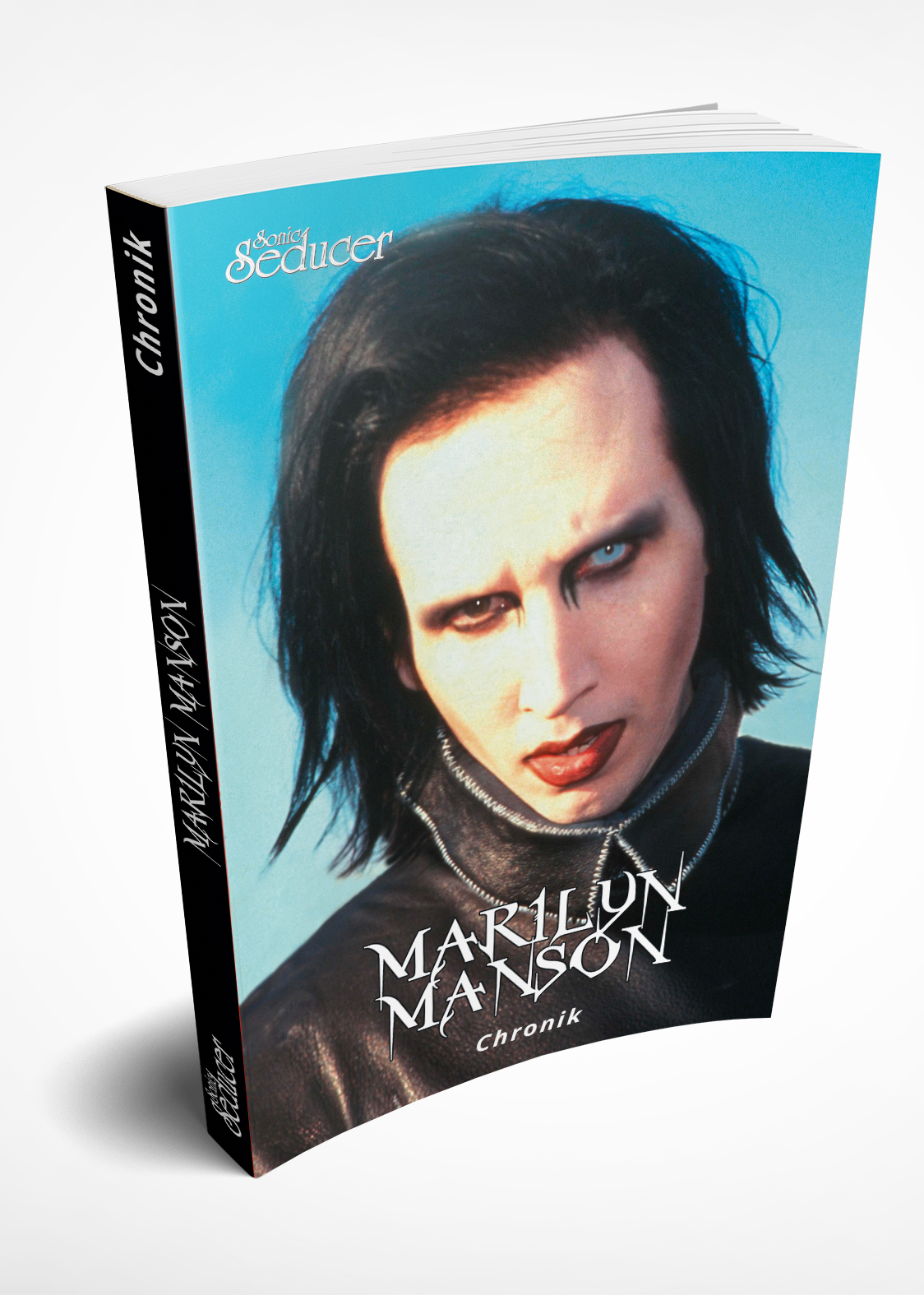 https://sonic-seducer.de/images/stories/virtuemart/product/marilyn-manson-taschenbuch-mockup-covervault.jpg